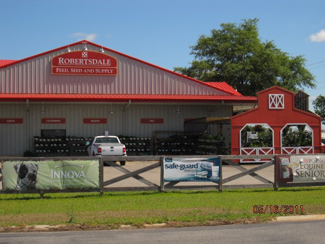 Robertsdale Feed and Supply